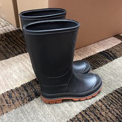 Rain Boots for Sale in Vancouver,  WA