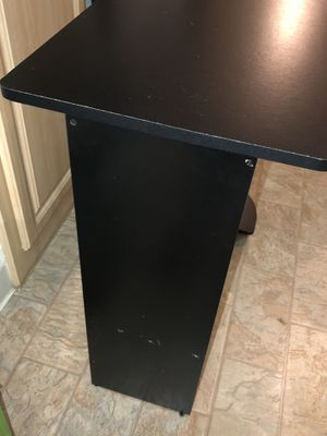 Small Desk for Sale in San Jose, CA