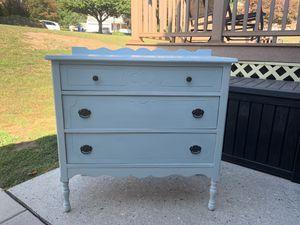Dresser for Sale in Harrisburg, PA