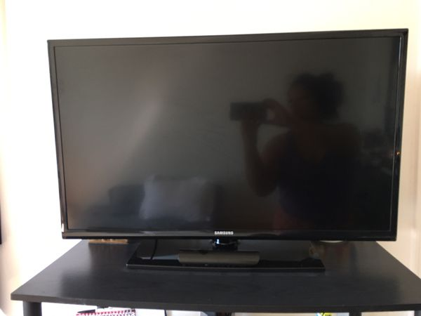 Samsung TV (not a smart tv)