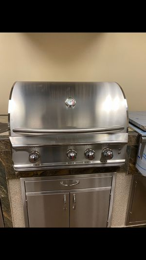 Stainless steel Bbq grills 3,4, & 5 burners. All accessories for an island🌴 for Sale in Monrovia, CA