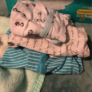 Free Baby Clothes for Sale in Pomona, CA