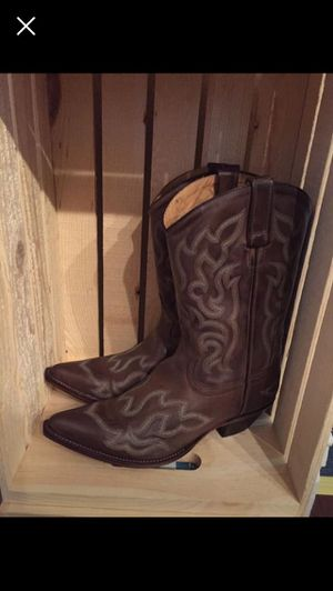 New Boots sz 8.5 for Sale in Fitzgerald, GA