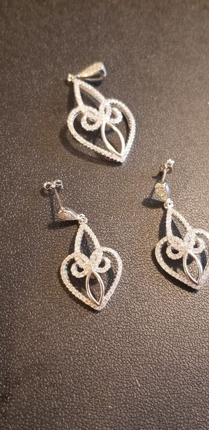 STUNNING DIAMOND WITH STERLING SILVER EARRINGS WITH MATCHING PENDANT for Sale in Fairfax, VA
