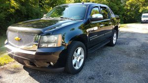 """2007 Chevy Avalanche """"Read Description"""" for Sale in Reynoldsburg, OH"""