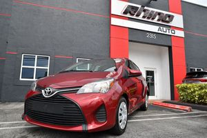 2017 Toyota Yaris for Sale in Doral, FL
