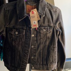 Levi's Womens Original Trucker Jacket for Sale in Philadelphia,  PA