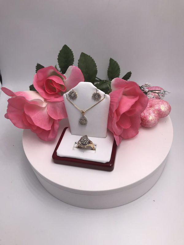 Set de oro de 10k con diamantes /Diamond and Gold Set