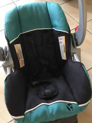 Baby car seat for Sale in North Miami Beach, FL