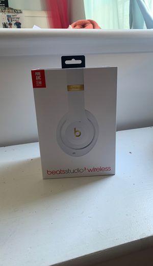 Studio three wireless beat headphones for Sale in Bassett, CA
