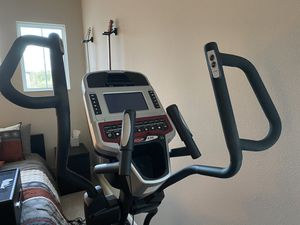 Sole e35 Elliptical Trainer for Sale in Zephyrhills, FL