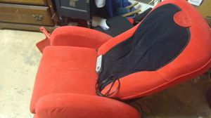 Ijoy 100 massage chair for Sale in Great Bend, KS