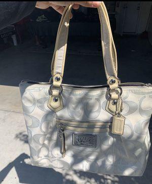 Coach bag for Sale in San Bernardino, CA