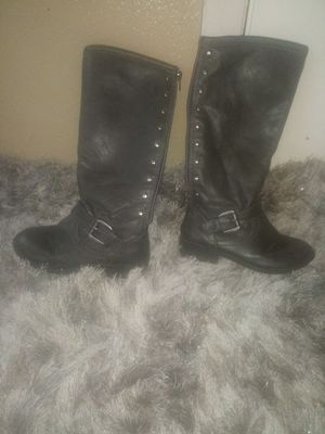 Girl Gray boots size 13 for Sale in Mulberry, FL