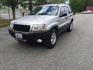 04 Jeep Grand Cherokee . (Mint condition!) for Sale in Woonsocket, RI