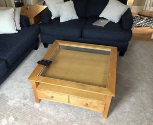 Coffee table for Sale in Grand Rapids, MI