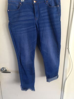 No Boundaries mid calf jeans, new. Size 19 for Sale in Perris, CA