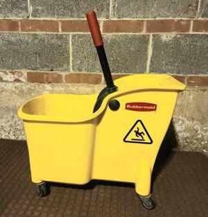Rubbermaid Commercial Mop Bucket for Sale in Meriden, CT