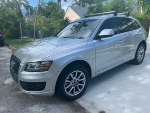 2011 Audi Q5. Quattro Premium for Sale in Miami, FL