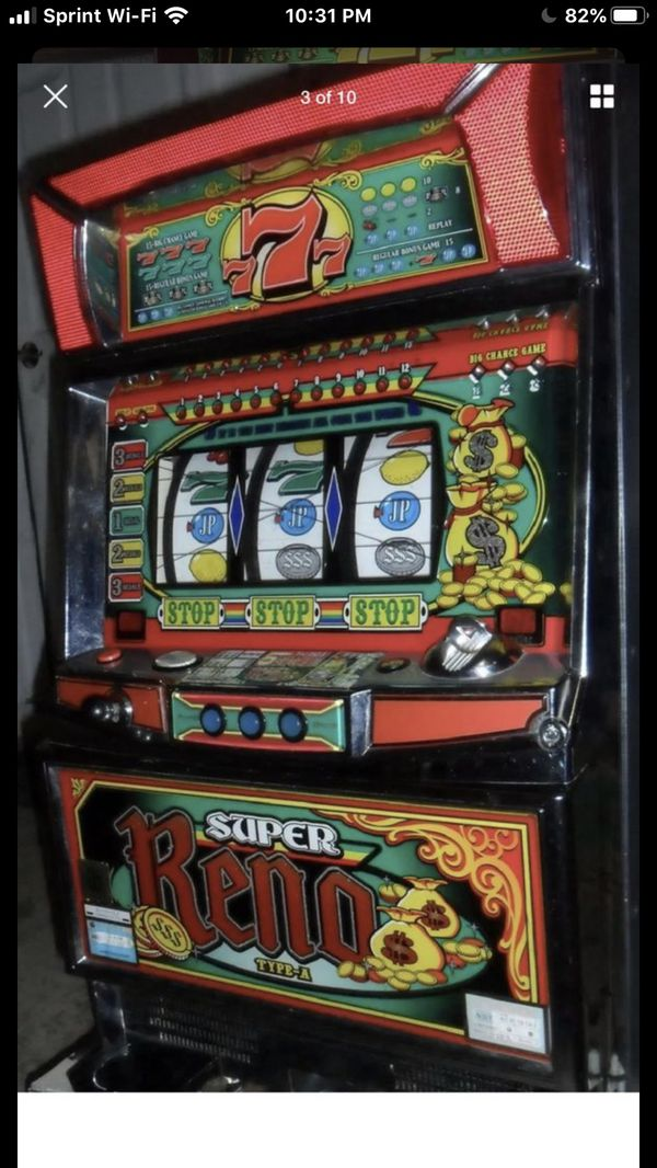 Casino slot machine type A Super Reno Great condition Great Decor Free play set up !