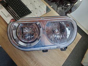 Headlight 2008 -2014 Dodge Challenger for Sale in Orlando, FL