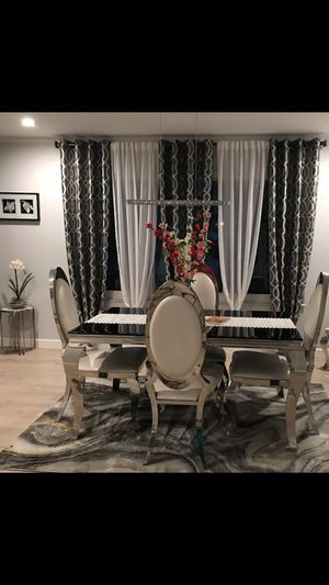 6 chair dining room table set for Sale in St. Louis, MO