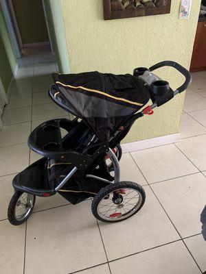 Baby trend jogging stroller for Sale in Fort Myers, FL