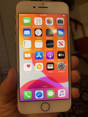 💞IPhone 8 64Gb Unlocked open to any carrier everything works perfectly fine clean imei. Phone only!! for Sale in Lynwood, CA