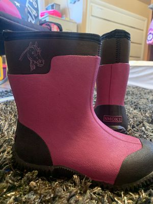 Girls smoky mountain rain boots. Size 2 for Sale in Annville, PA