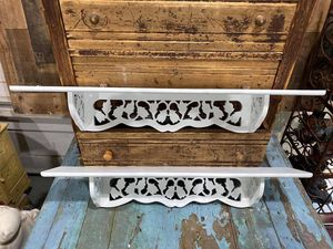 PAIR OF MATCHING SHELVES for Sale in Enumclaw, WA