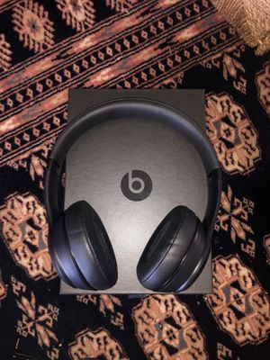 Beats solo 3 wireless and with cord for Sale in Fort Lauderdale, FL