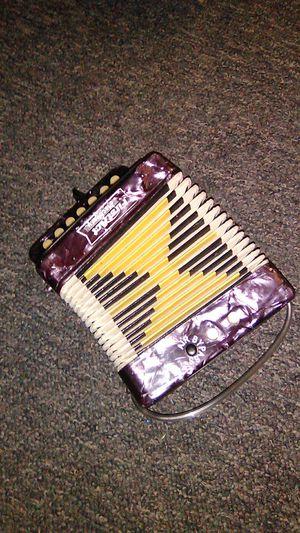 Discovery acordeon for Sale in Stockton, CA