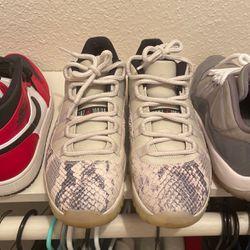 Jordan & Nike Shoes 8.5 -9 for Sale in Balch Springs,  TX