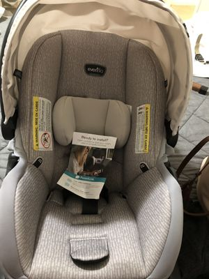 Evenflo car seat for Sale in Anchorage, AK