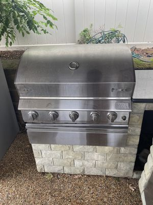 Outdoor bbq grill for Sale in Peabody, MA
