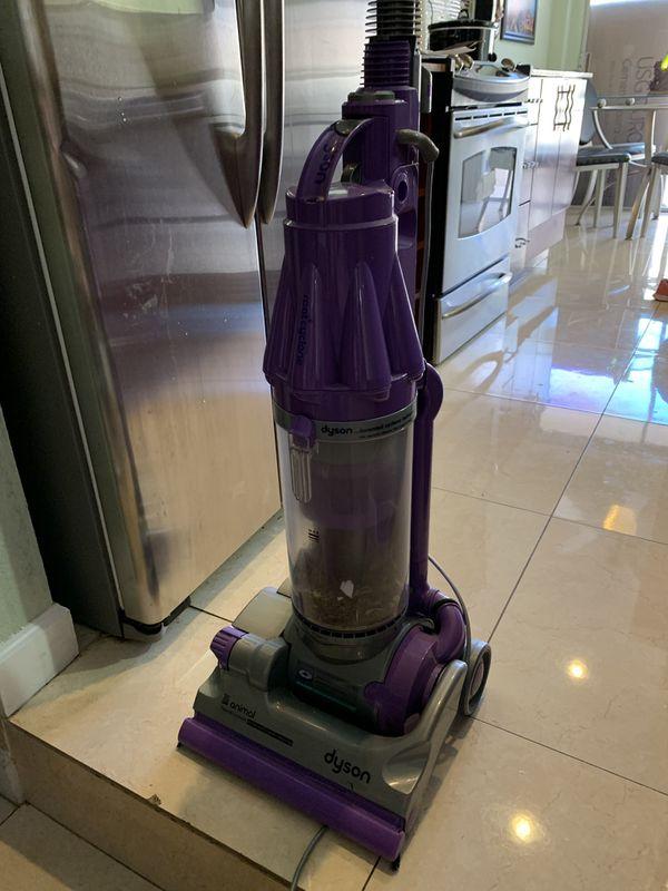 Dyson DC07 animal vacuum cleaner