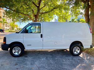 2006 Chevy express 2500 series for Sale in Highland Beach, FL