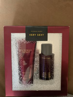 Victoria secret lotion and fragrance mist for Sale in Goodyear, AZ