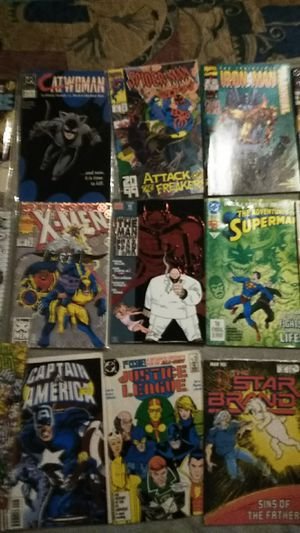 I am selling collectible comic books from marvel comics the DC comics I have authentic macilent comic books collectibles for Sale in Hyattsville, MD