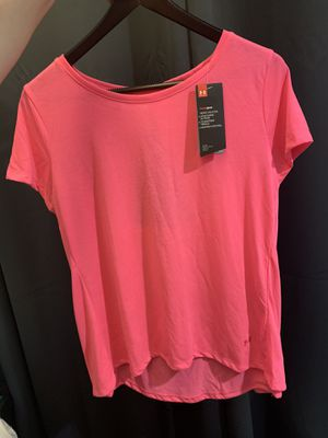 Under Armour Heat Gear pink shirt S/M for Sale in Roselle, IL
