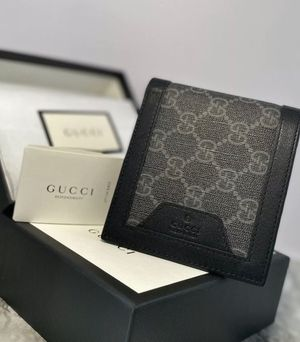 New Gucci Canvas Folding Mens Wallet gray for Sale in Las Vegas, NV