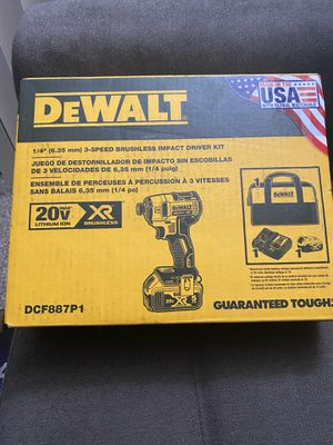 DEWALT 20v MAX XR 3-Speed 1/4 in. Impact Driver with 5.0 Ah Battery Pack, Charger & Tool Bag New for Sale in San Diego, CA