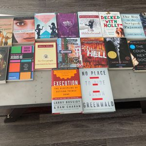 BOOKS: Young Adult, True Crime, Mystery, Classics, Horror, Christmas for Sale in Scottsdale, AZ
