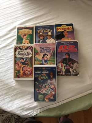 Disney and Warner Brothers vhs movies for Sale in Phoenix, AZ