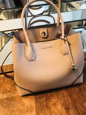 Michal Kors purse for Sale in Portland, OR