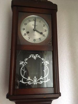 Winding antique Clock for Sale in Bellevue, WA