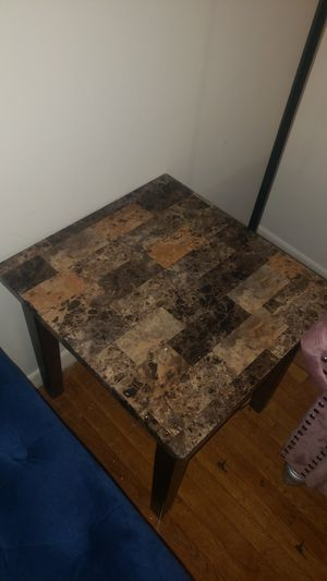 2 coffee table and center table for Sale in Dearborn Heights, MI