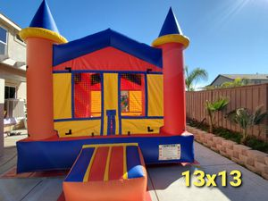 Jumpers, tables,chairs ,canopies and more! for Sale in Lake Elsinore, CA