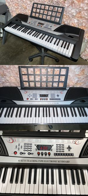 61 Key Music Electronic Keyboard Electric Digital Piano Organ with Notes Stand for Sale in Chino, CA