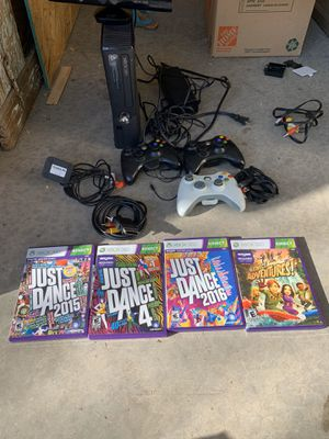 Xbox 360, 4 games 3 controllers with Kinect. All works perfectly for Sale in Phoenix, AZ